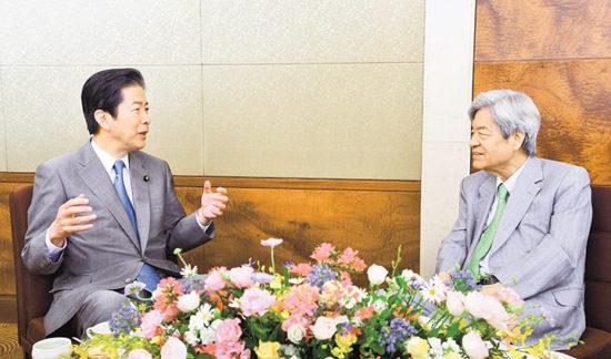 日本政治で存在感増す公明党